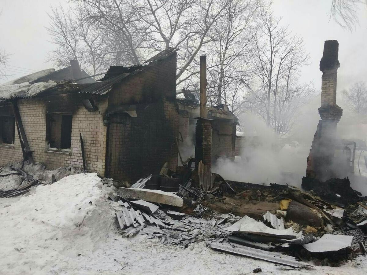 В Ярославском районе на пожаре погибли брат с сестрой