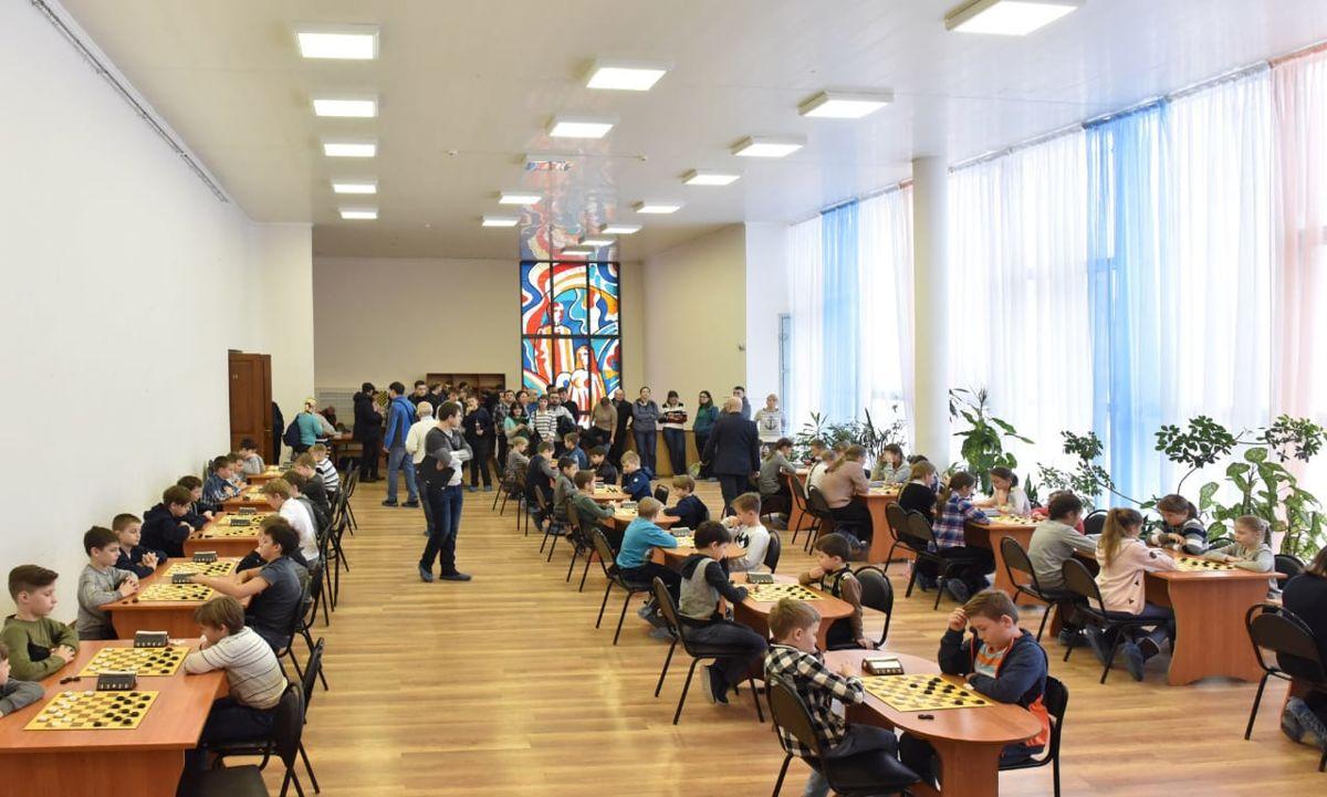 Ярославцы взяли призовые места на чемпионате и первенстве ЦФО по русским шашкам