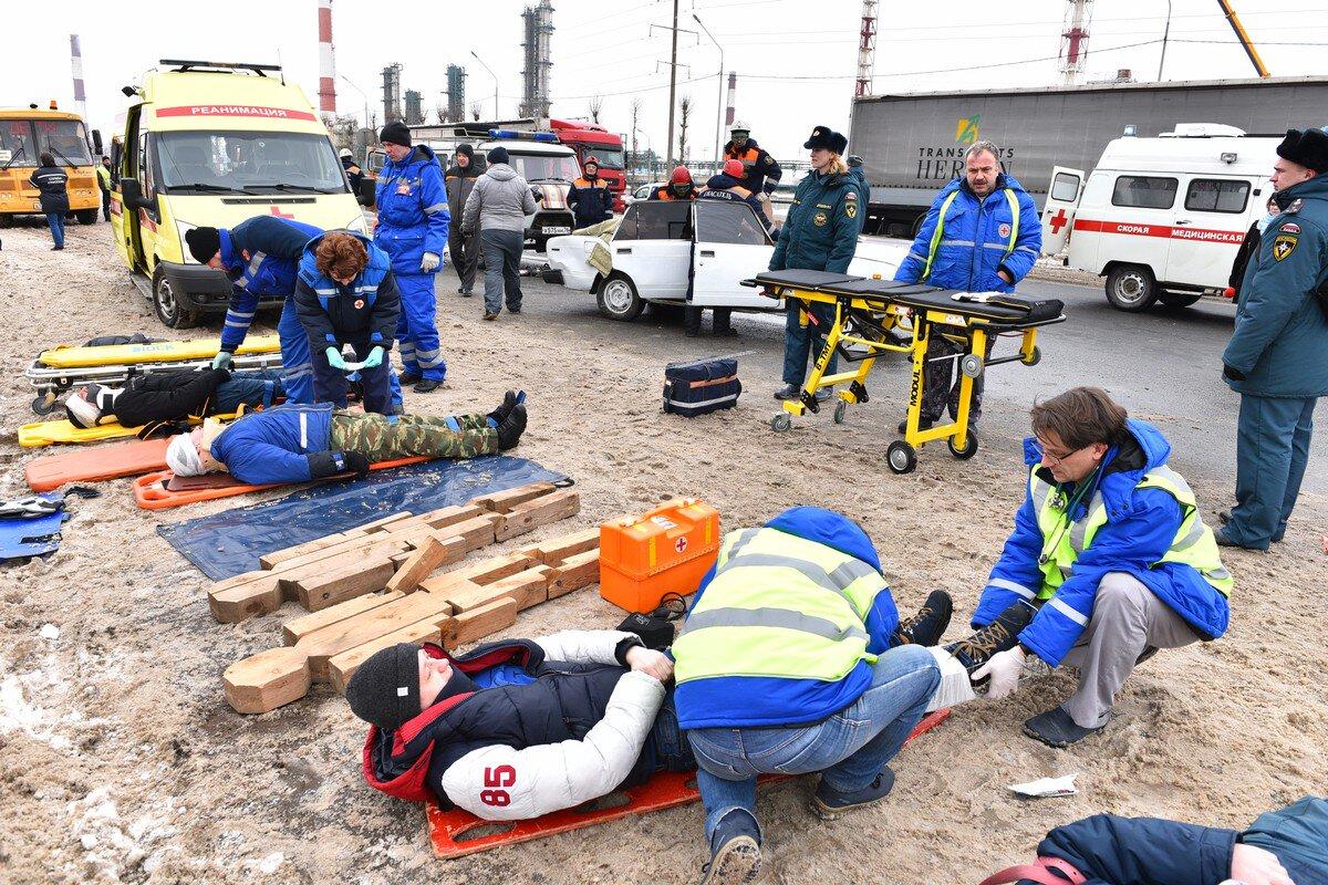 Крупное ДТП под Ярославлем: спасатели отрабатывают действия во время ЧП