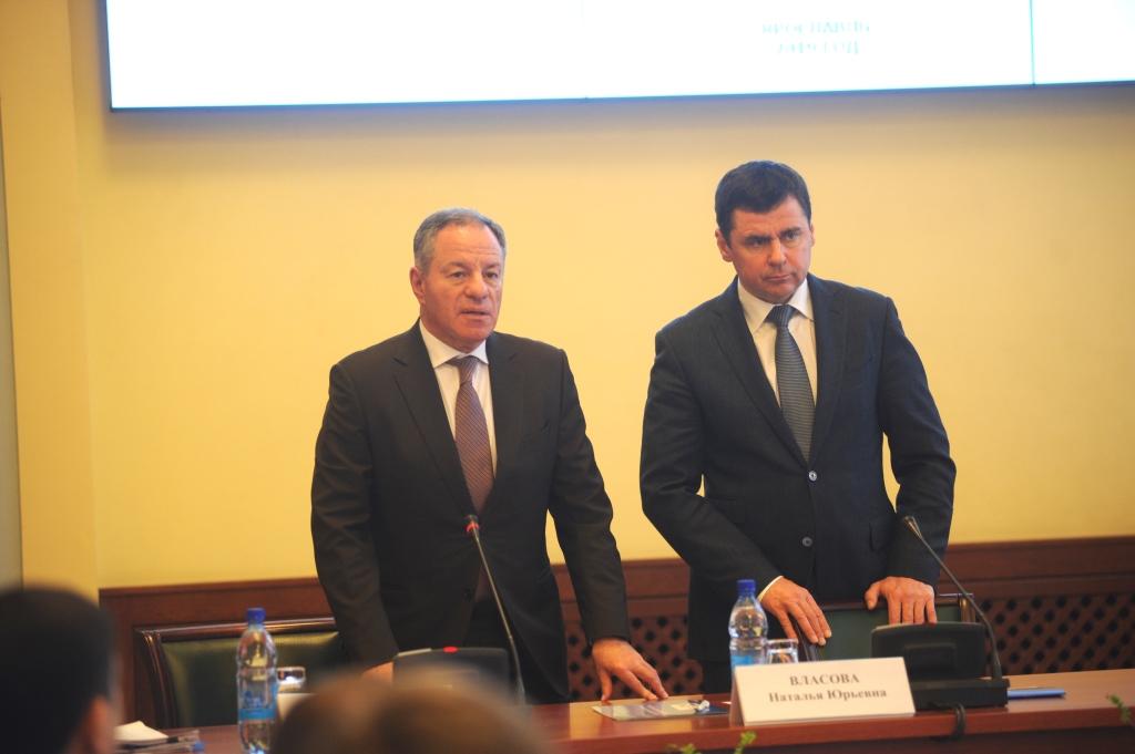 Дмитрий Миронов и генеральный директор Корпорации МСП Александр Браверман обсудили направления поддержки малого и среднего бизнеса