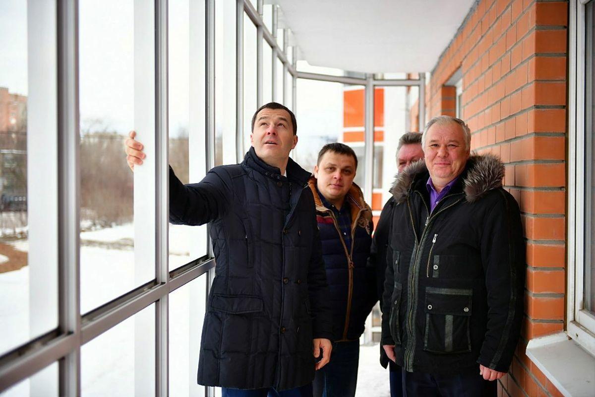 Работы в долгострое на улице Ньютона в Ярославле завершат в апреле