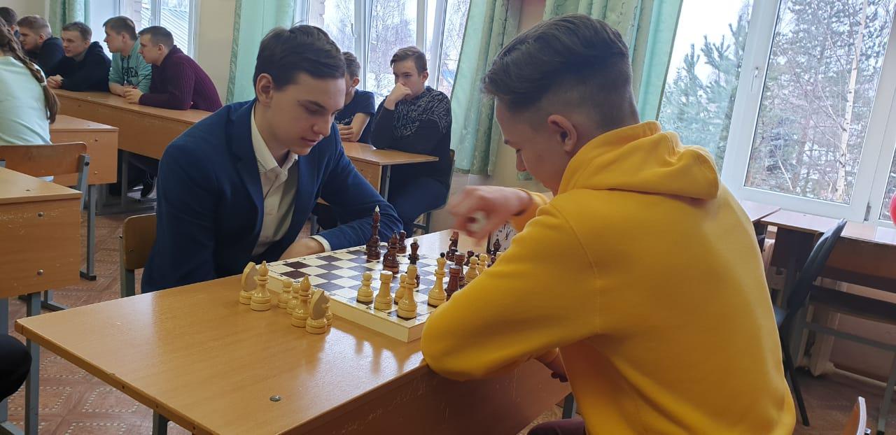 В Первомайском районе для детей и взрослых открыли шахматный клуб