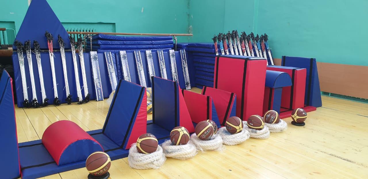 340 школ Ярославской области получат спортинвентарь в рамках губернаторского проекта