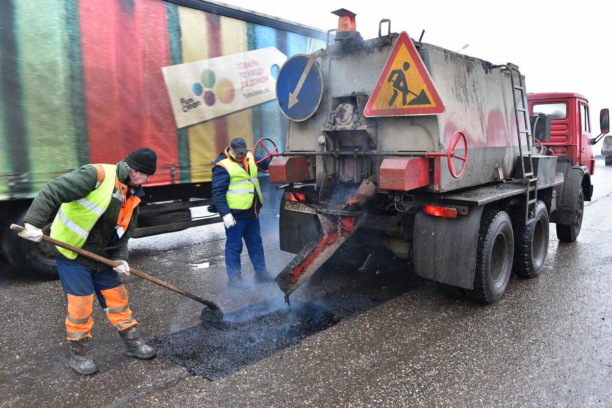 В Ярославле начался ямочный ремонт дорог: где идут работы