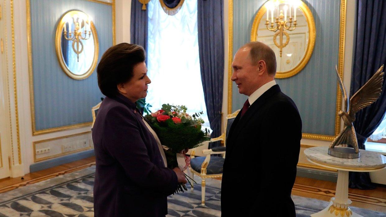 Дмитрий Миронов и Владимир Путин поздравили Валентину Терешкову с днем рождения