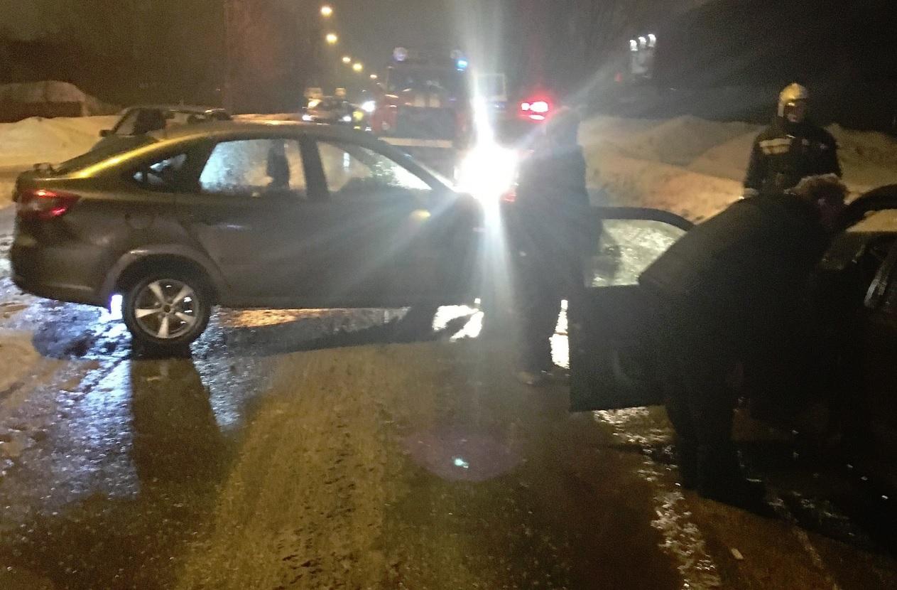 Две женщины пострадали в тройном ДТП в Рыбинске
