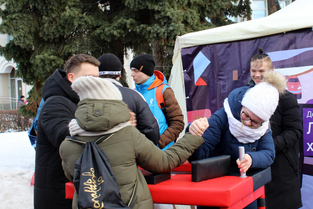 «Ростелеком» поздравил жителей Ярославля с Масленицей