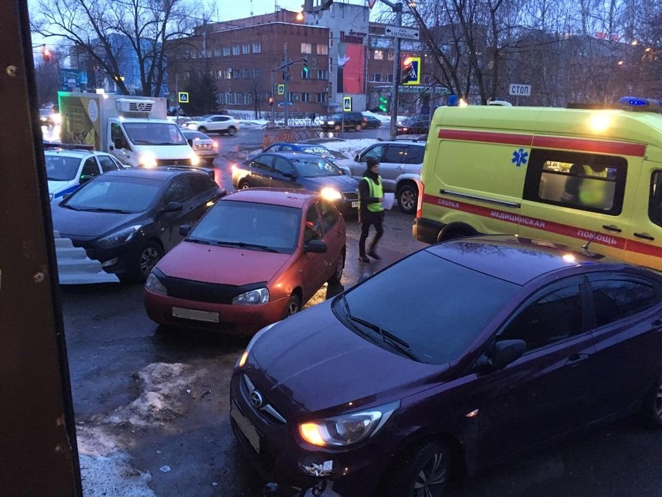 В Кировском районе Ярославля сбили женщину-пешехода