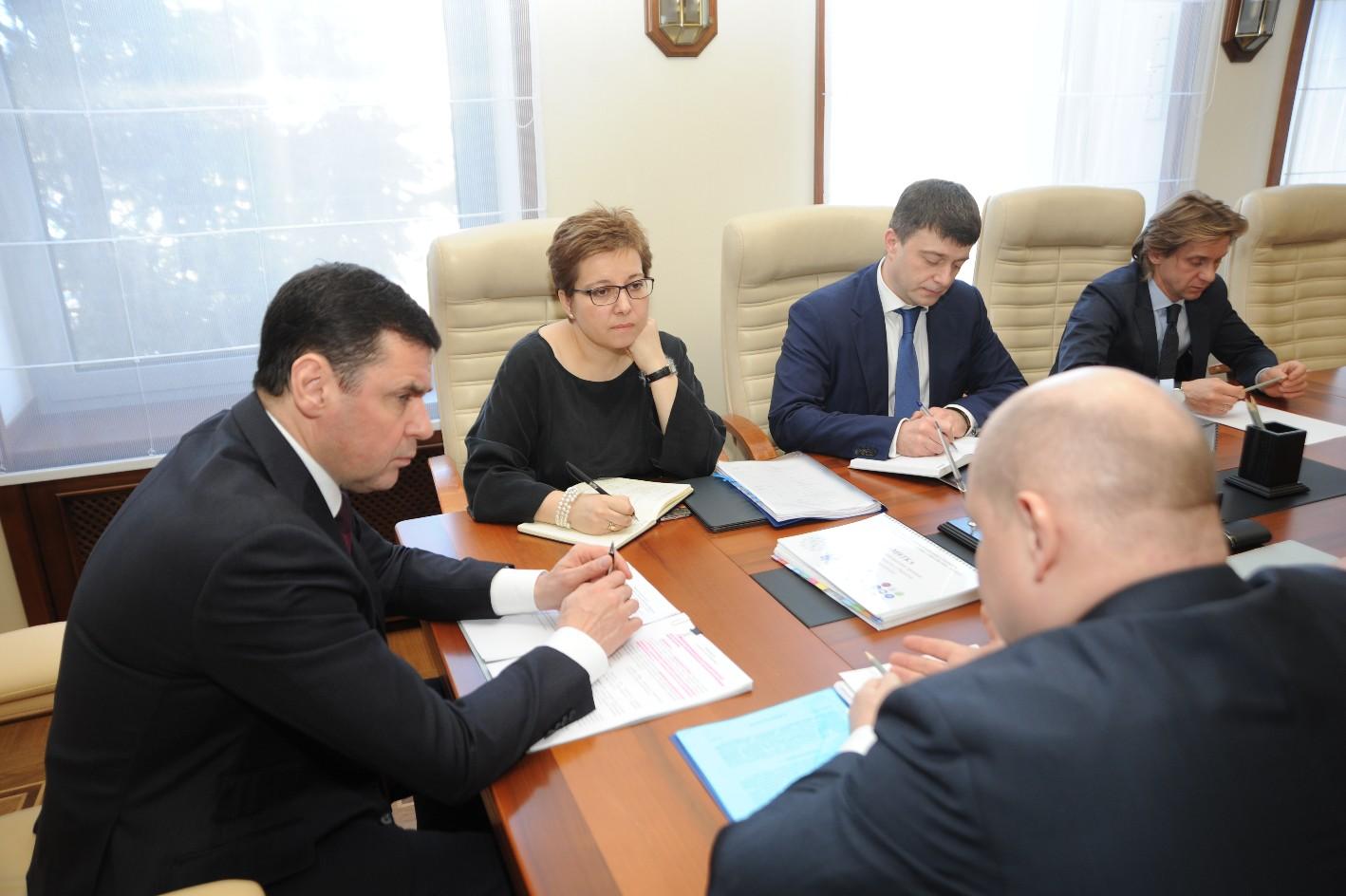 Дмитрий Миронов обсудил развитие паллиативной помощи в регионе с Анной Федермессер