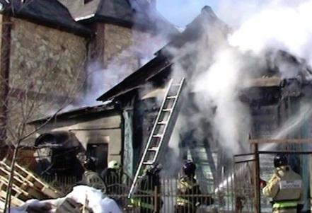 60-летний мужчина погиб при пожаре под Ярославлем