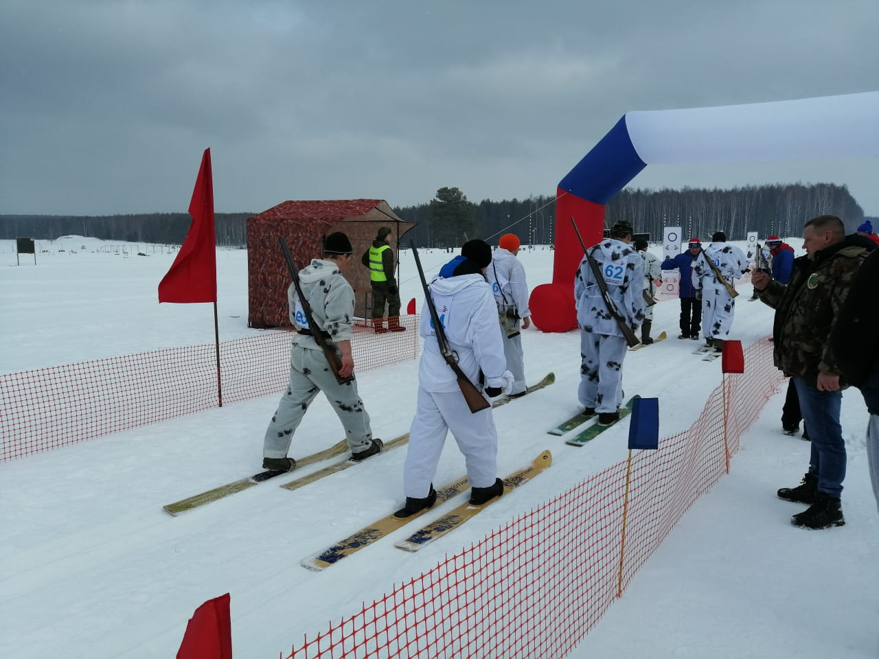 В Ярославской области прошел межрегиональный чемпионат по охотничьему биатлону: фото