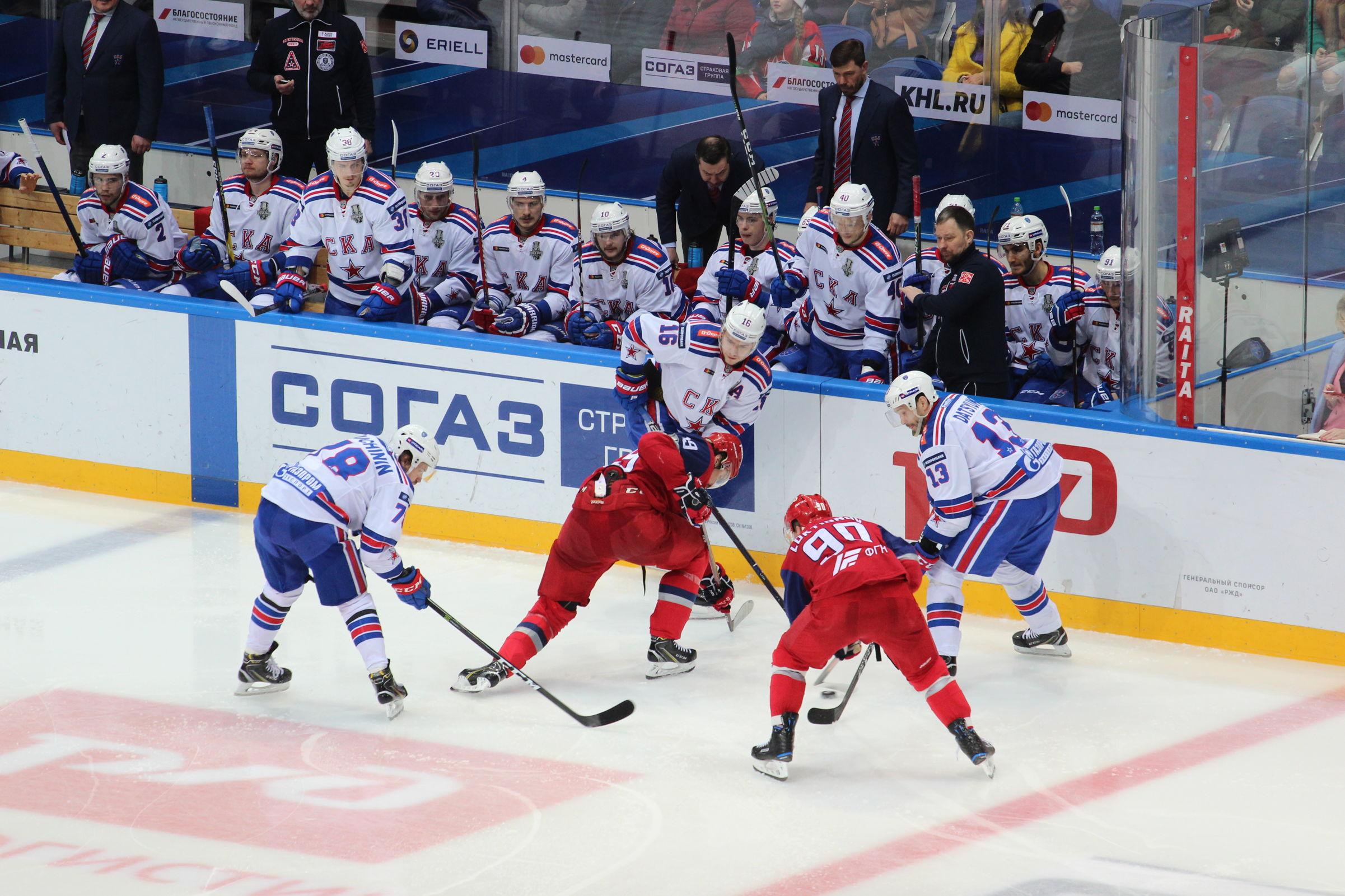 «Локомотив» уступил СКА в четвертом матче серии
