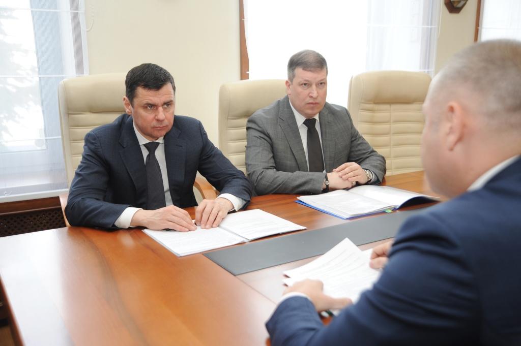 Вопрос замены лифтов в Ярославской области Дмитрий Миронов обсудил с главой Ростехнадзора