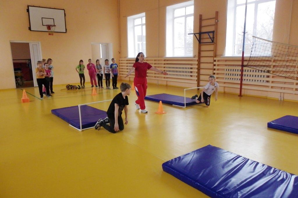 Новый спортинвентарь в рамках губернаторского проекта поступил в школы Некоузского района