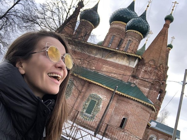 Наталия Орейро в Ярославле поприветствовала ярославцев на русском и обняла фанатов