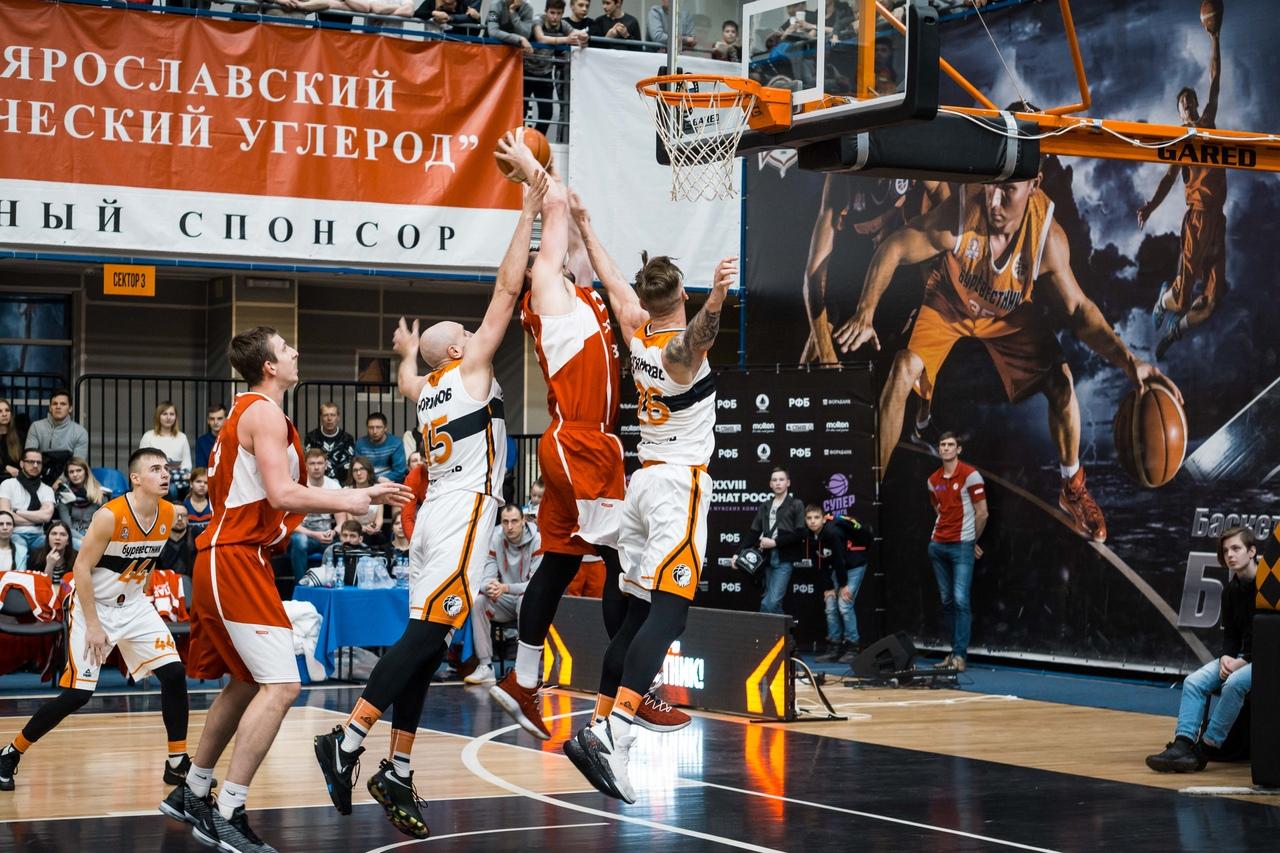 «Буревестник» повторно обыграл «Спартак» и сравнял счет в серии 1/4 финала