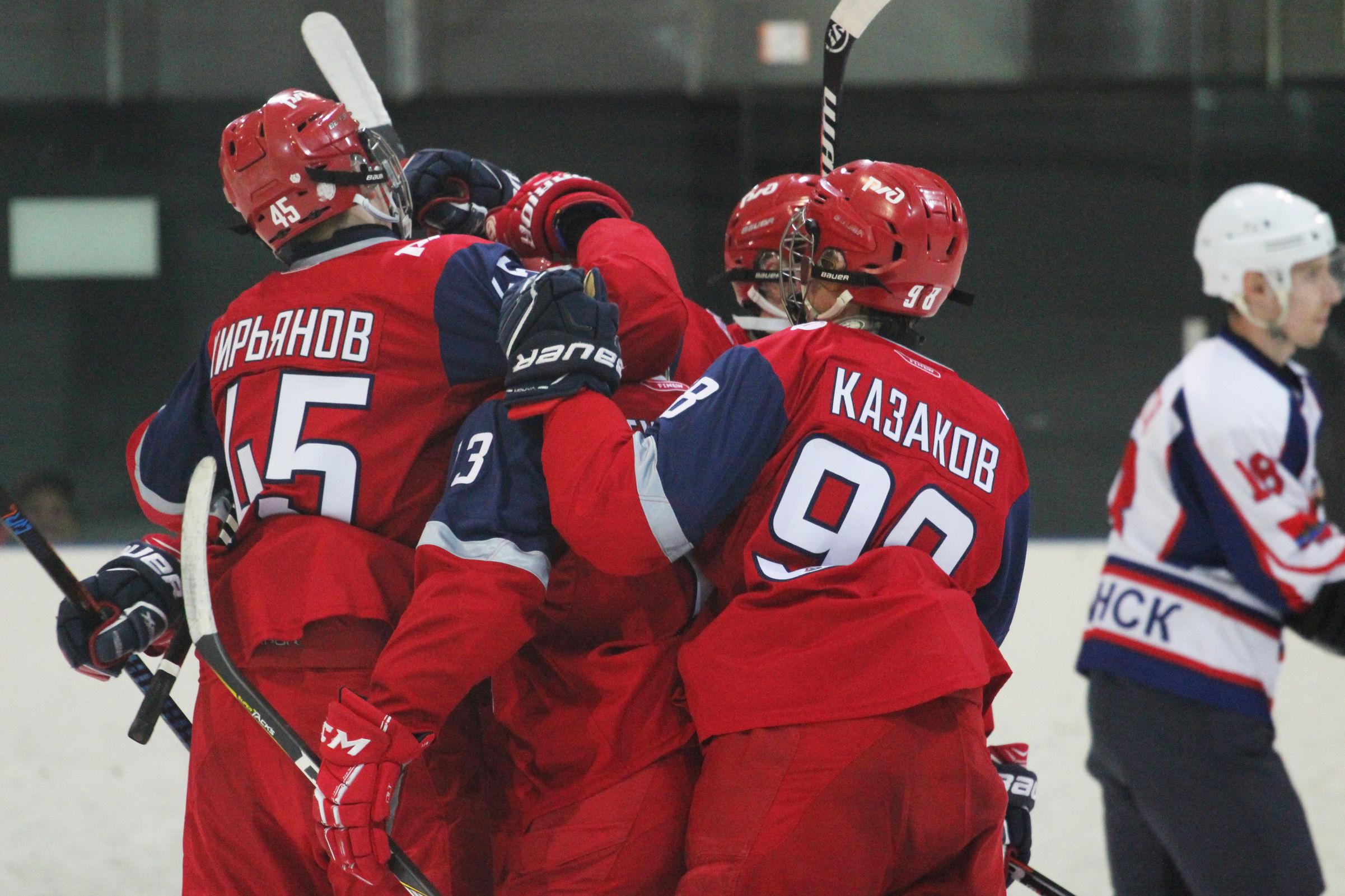 «Локо-Юниор» выиграл бронзовые медали НМХЛ в четвертый раз подряд