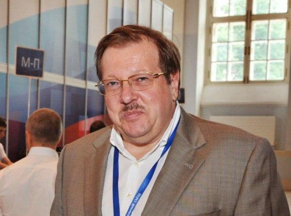 Александр Русаков об объединении театров: Общественная палата РФ следит за ситуацией