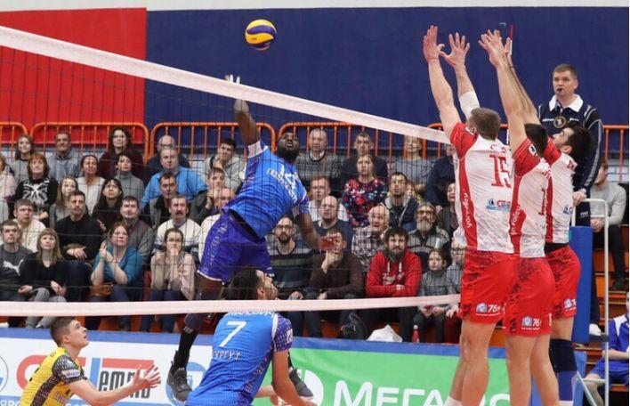«Ярославич» провел первый матч в рамках плей-аута