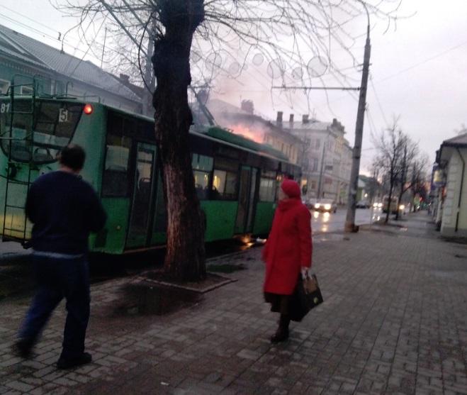 В Рыбинске сгорел троллейбус