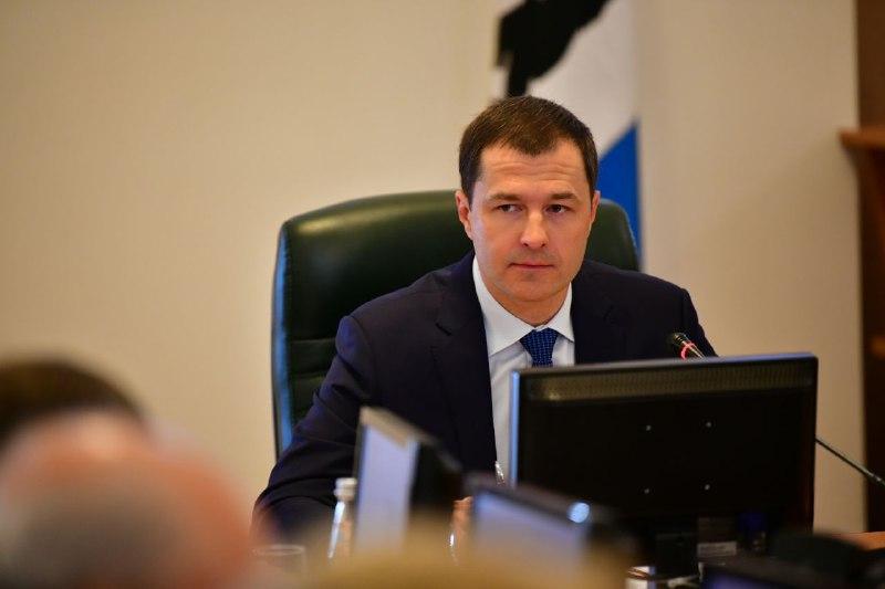 Мэр Ярославля поручил за неделю привести в нормальное состояние все аварийные люки в городе