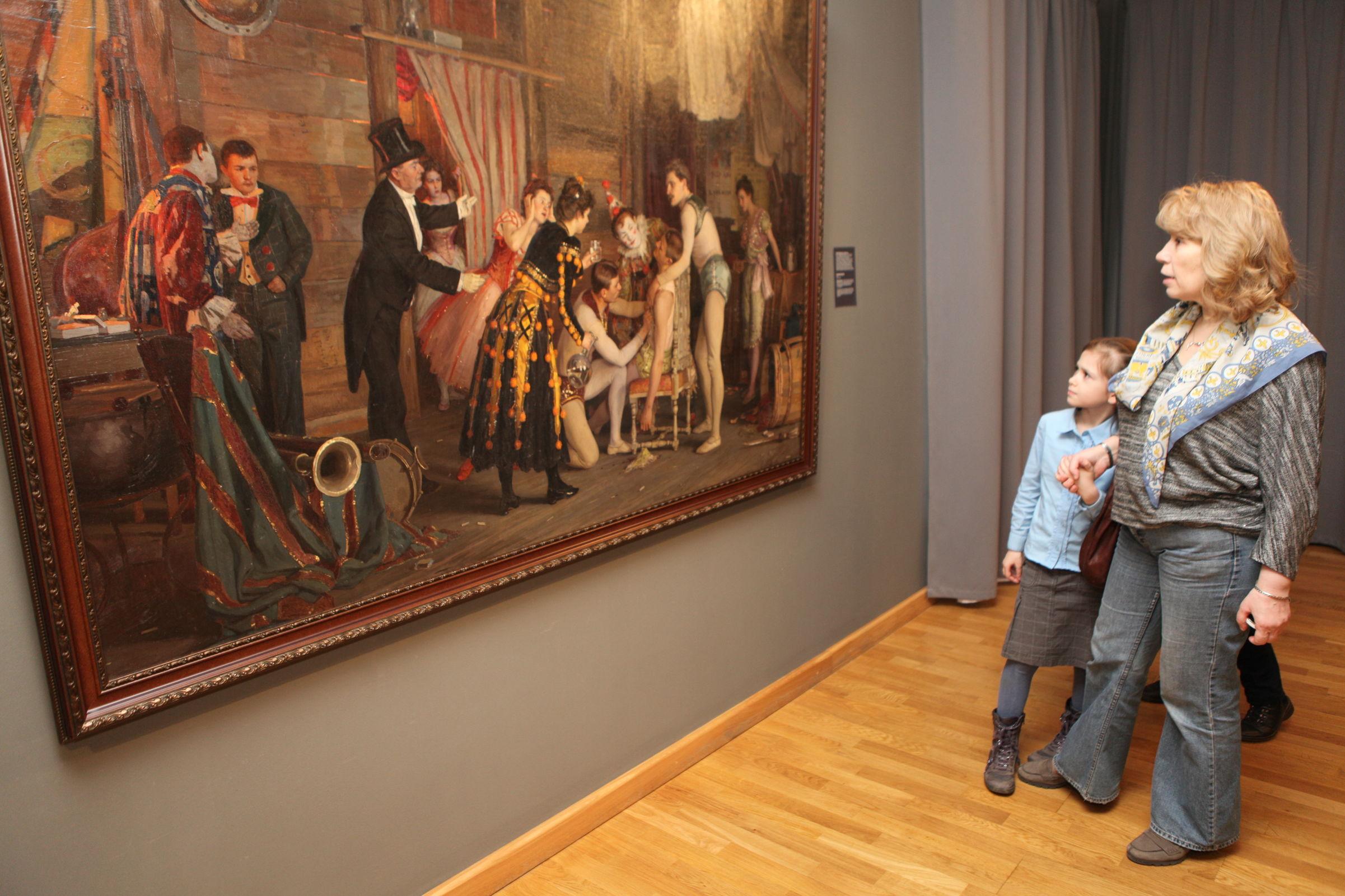 «Начало» через сто лет. В Ярославле проходит выставка, посвященная вековому юбилею художественного музея