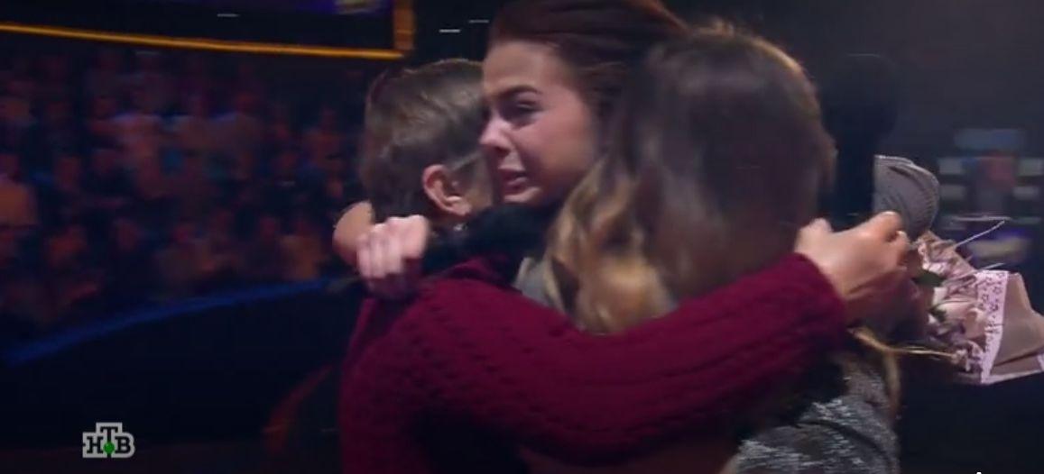 Сирота из Ярославля покорила жюри конкурса «Ты супер!» и обрела семью: видео