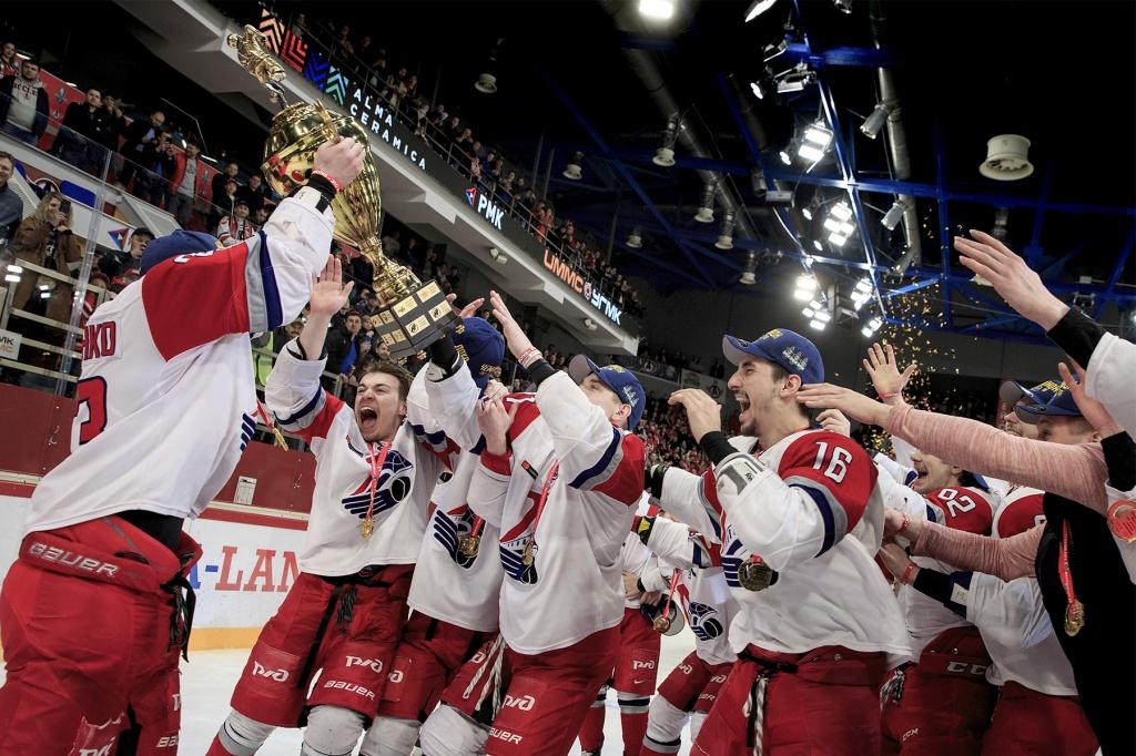 «Локо» в третий раз за четыре года выиграл Кубок Харламова