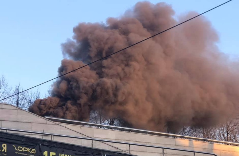 Пожар произошел в одном из ресторанов в центре Ярославля