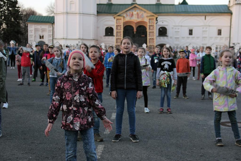 В праздничном представлении на главной площади Ярославля в День Победы примут участие более тысячи человек