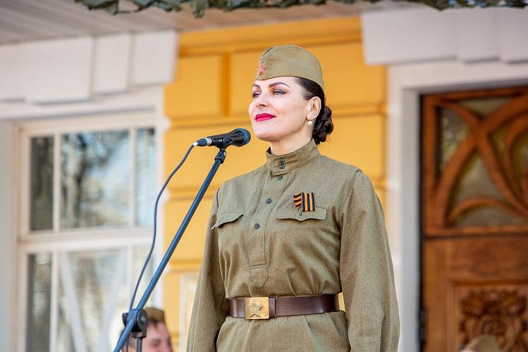 В День Победы актеры Волковского театра дадут два бесплатных концерта