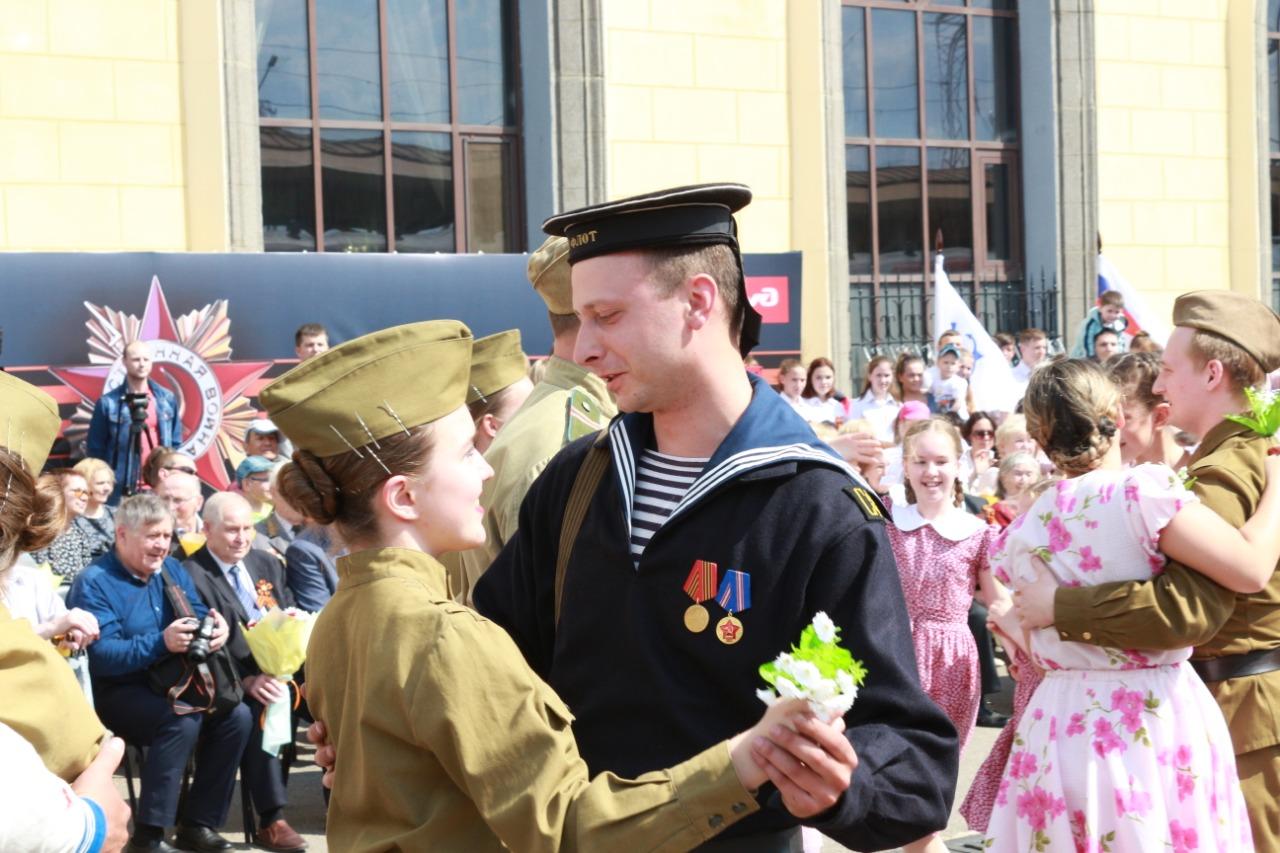 На вокзале Ярославль-Главный сделал остановку «Эшелон Победы»