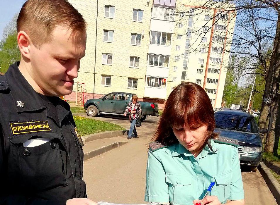 В Ярославской области многодетную мать лишили родительских прав на двойняшек
