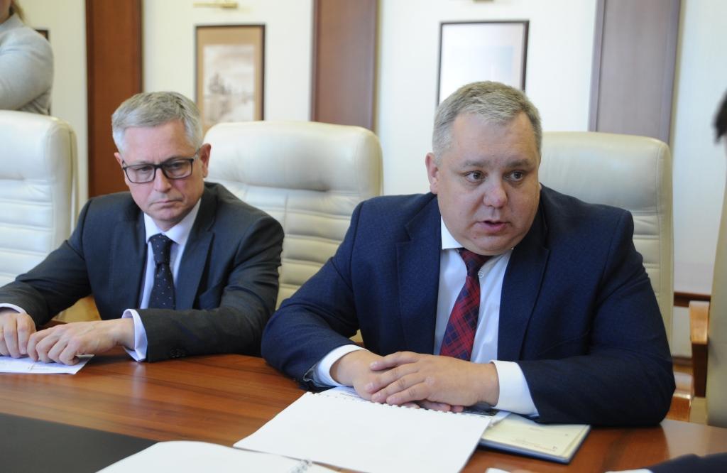 Дмитрий Миронов обсудил с новым главой Гаврилов-Ямского МР Алексеем Комаровым развитие экономики и социальной сферы в районе