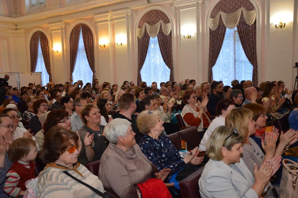 В Ярославле проходит XIV международный фестиваль студенческих и академических хоров «Веснушка»