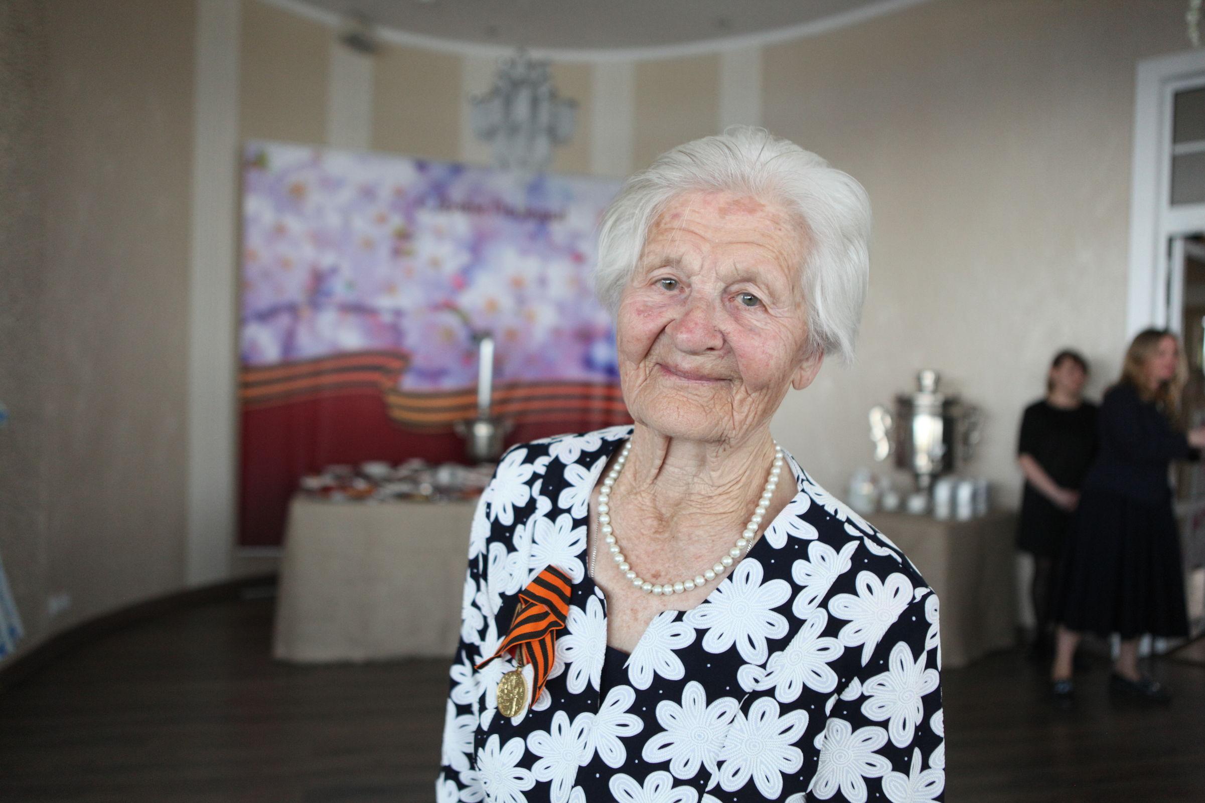 100-летняя жительница Ярославской области поучаствовала в полумарафоне