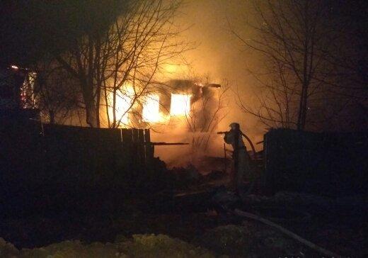 В Ярославской области на пожаре погибли четыре человека