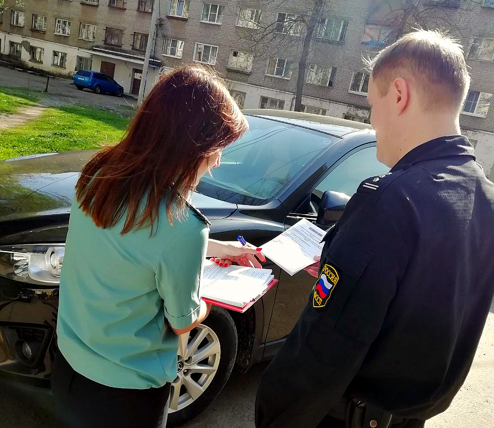 У ярославского бизнесмена арестовали иномарку из-за долга перед городом