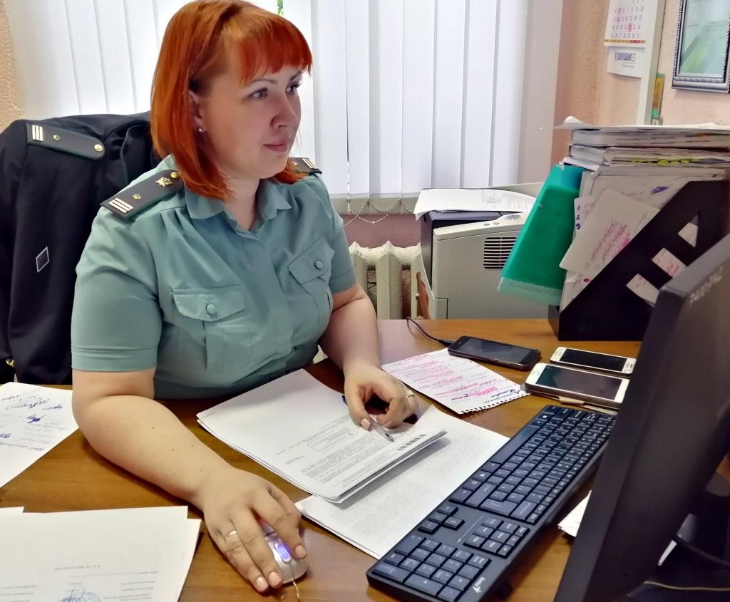 В Ярославской области приставы помогли женщине выселить сожителя