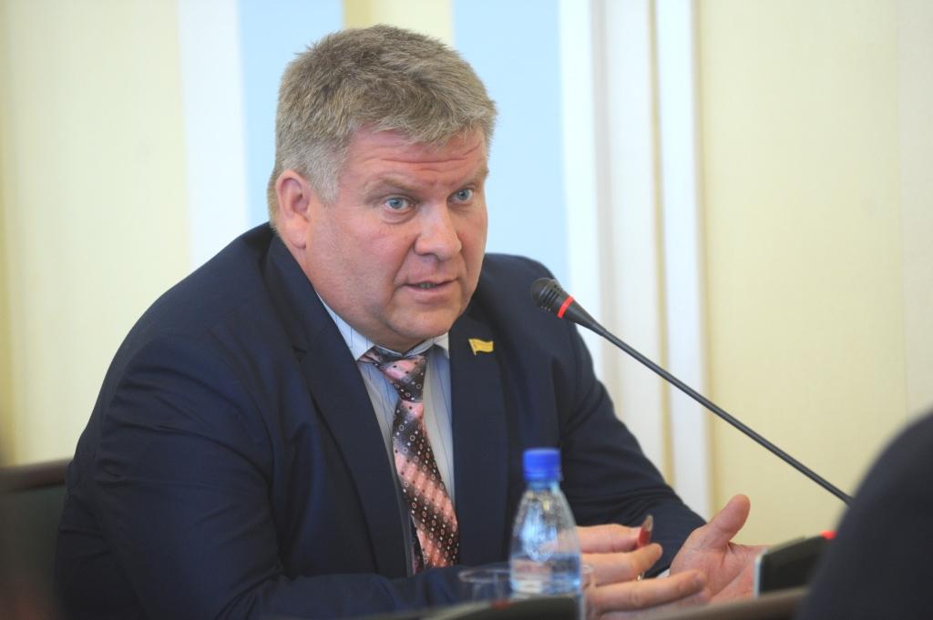 В Ярославской области внедряются новые национальные стандарты по обеспечению безопасности дорожного движения