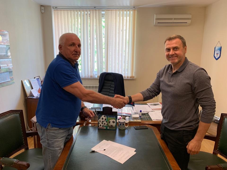 Александр Побегалов продолжит тренировать «Шинник»