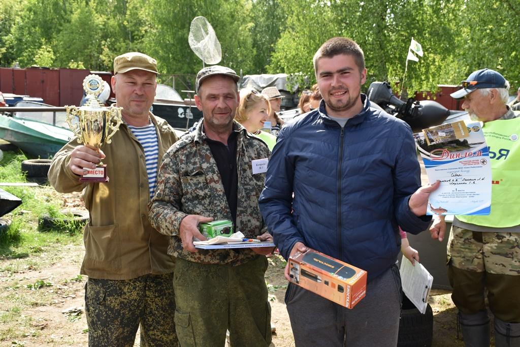 Более 5 тысяч метров обрывков рыболовных сетей выловили участники экологического турнира