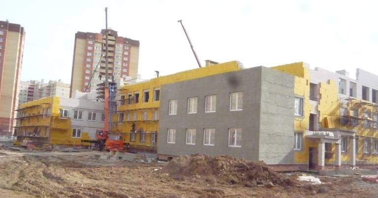 В Ярославской области реализуется 17 проектов по строительству важных социальных объектов