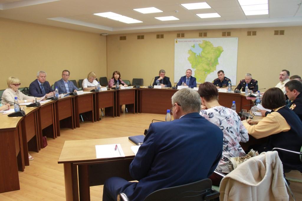 В Ярославле обсуждают, как снизить число преступлений в отношении детей