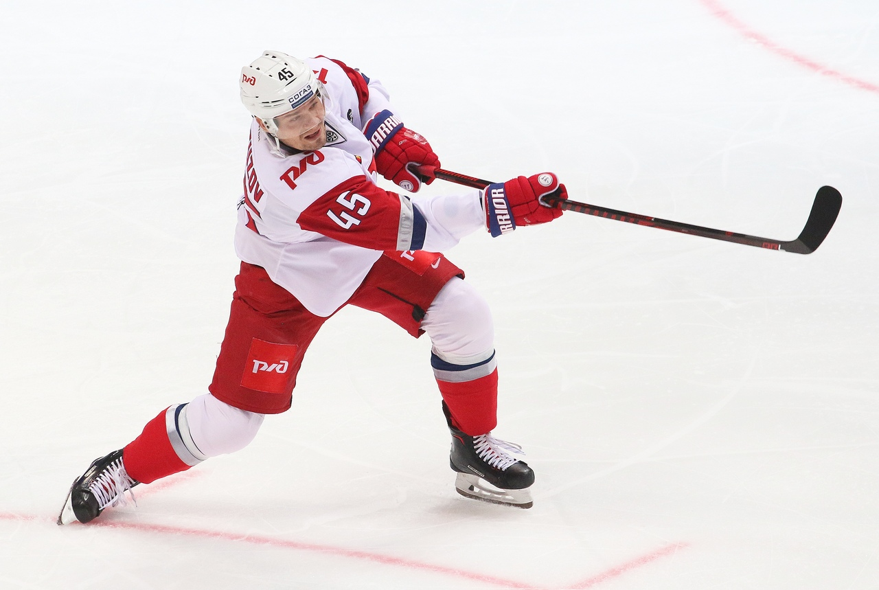 Александр Кутузов перешел из «Локомотива» в «Спартак»
