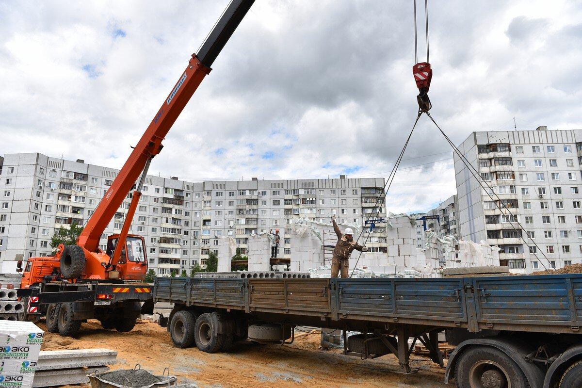 В Ярославле приступили к возведению первого этажа новых яслей