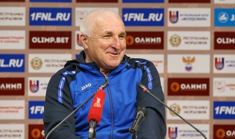 Александр Побегалов стал лучшим тренером первенства ФНЛ в мае