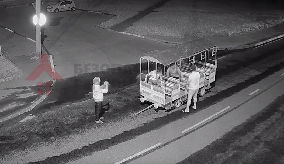 В Ярославле угнали вагончик из парка «Нефтяник»: видео