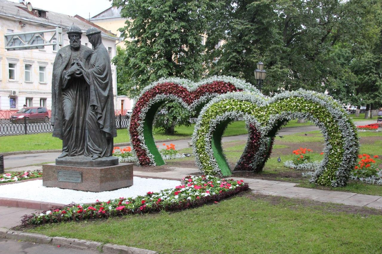 Арки-сердца на бульварах в Ярославле украсят в ближайшие дни