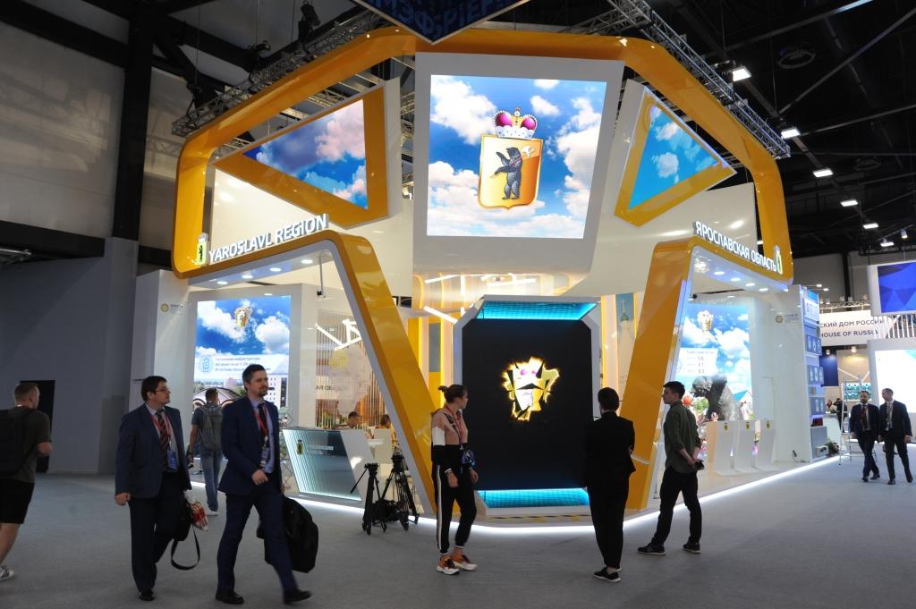 Посетители стенда региона смогут совершить полет над Ярославлем с помощью VR-очков – Миронов